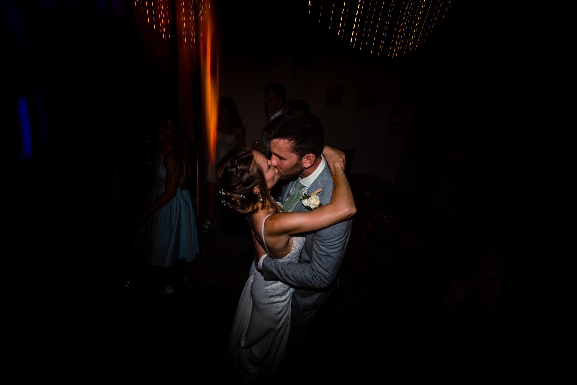 dorset wedding photography first dance