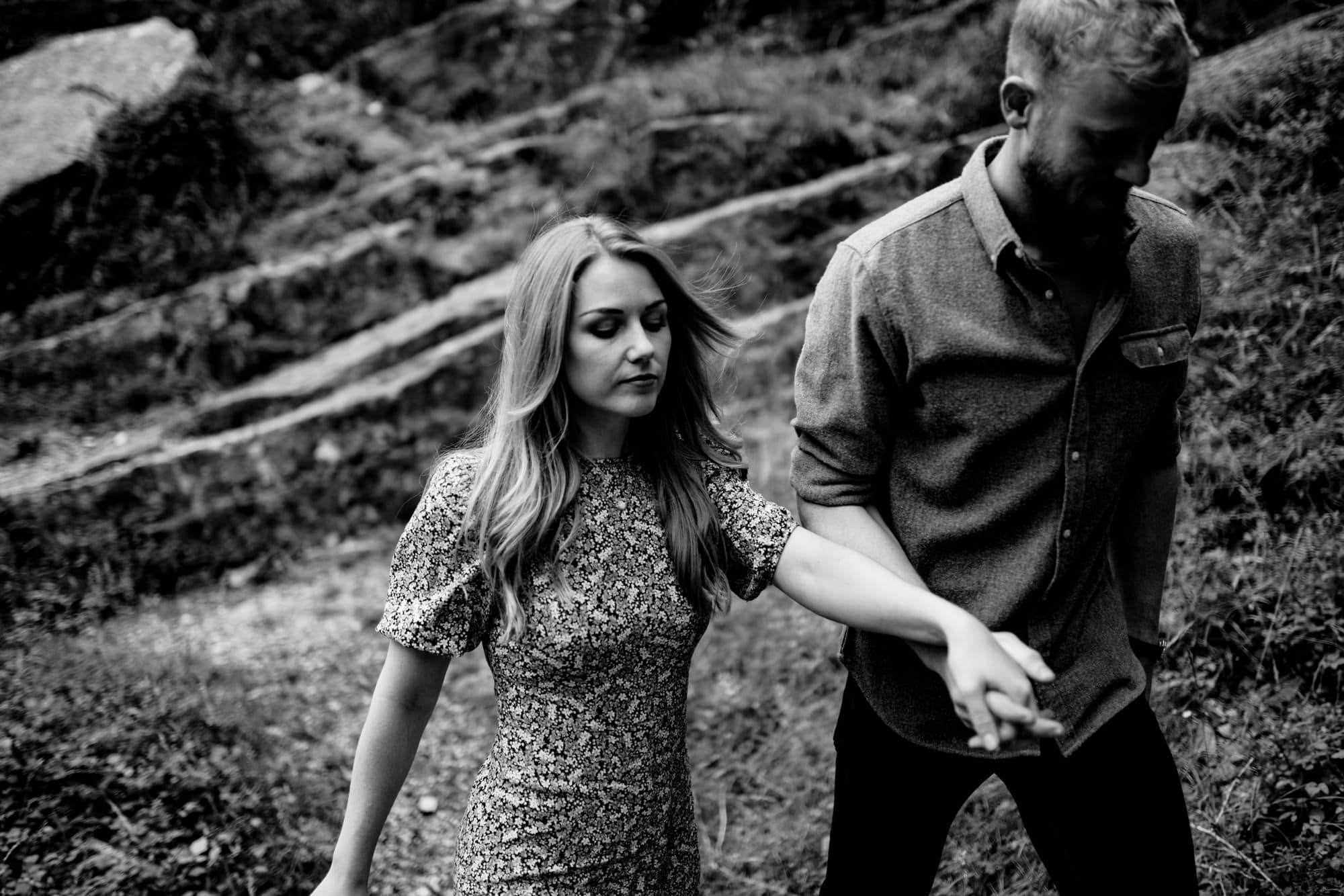 couples photography cheddar gorge