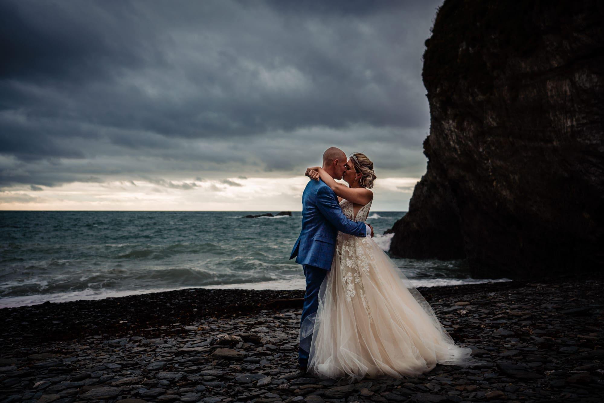 Elopement Wedding Photography in Devon – My favourite coastal locations