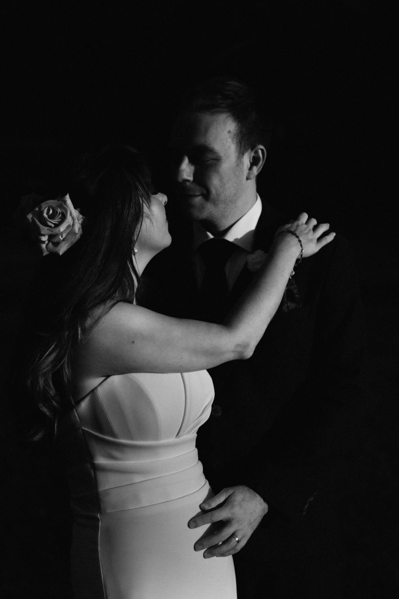 bride and groom at coombe lodge bristol