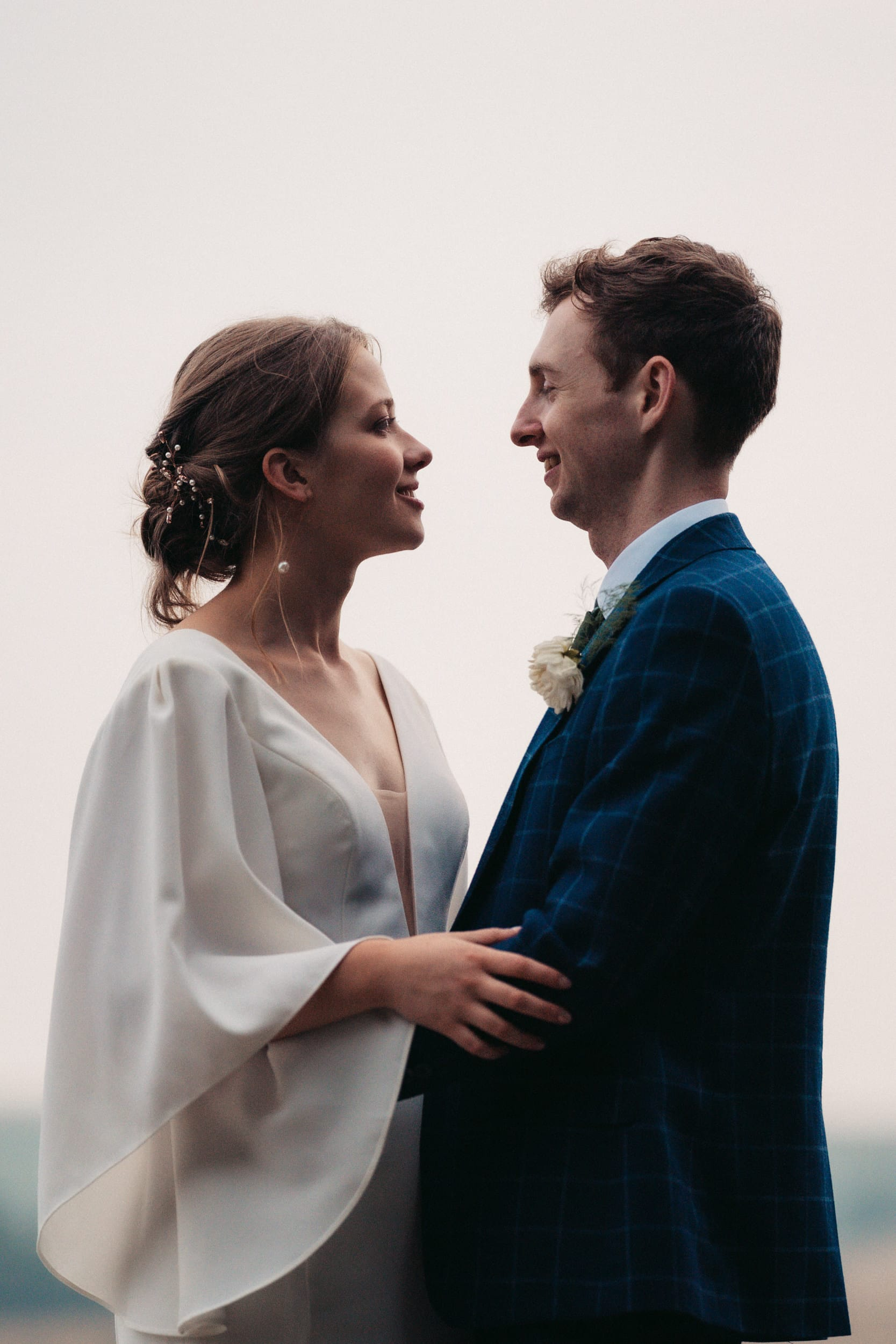 newly weds at rye hill barn